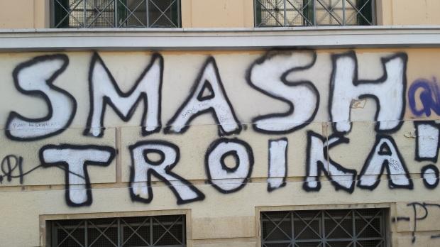 smash troika.jpg